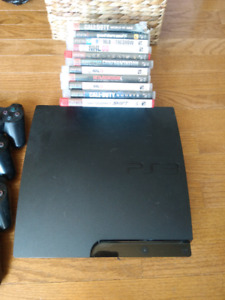 Slim PS3 with 4 controllers and 11 games