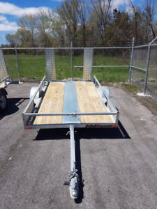 Utility Trailer -NEW- 10 feet long with twin ramps