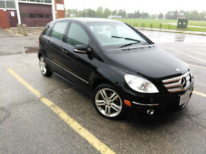 2011 MERCEDES-BENZ B200 - $8000 (PRICED TO SELL)