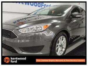 2016 Ford Focus SE- back up cam. Grey is here to stay!