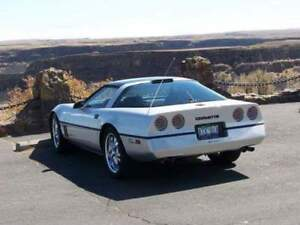 1986 Chevrolet Corvette Coupe (2 door)