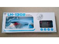 RADIO CONTROLLED RC HELICOPTER LH1302 - NEW BNIB