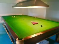 Full Size Snooker Table with Balls Cues And accessories