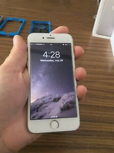 Unlocked 128 GB iPhone 7 with Apple care plus