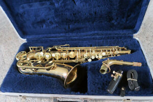 CONN Alto Saxophone with case and mouthpiece