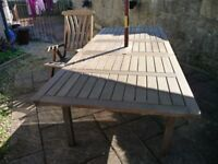 Hardwood Extending Table & Chairs