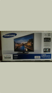 Samsung brand new packed 28inch LED HDMI TV