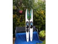CLASSIC CYPRESS GARDENS WATER SKIS