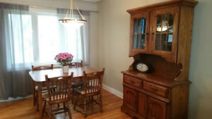 Dining Table w/ Leaf,  6 Chairs and Large Hutch