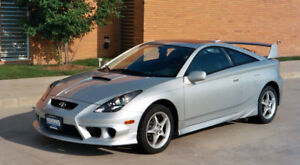 Looking for a 2000-2005 Toyota Celica Coupe
