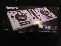Numark Mixtrack Pro 3 SPECIAL EDITION