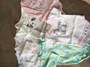 Vêtements pour bébé fille 0 - 3 mois
