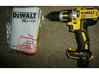 Dewalt DCD795 Combi Drill