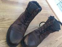 River island boots size 9