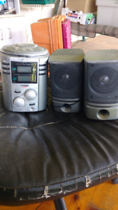 Small CD player with speakers