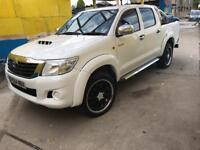 1 owner,full service history, best hilux around