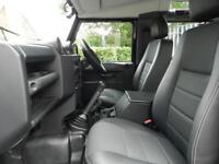 Land Rover Defender 90 TD XS STATION WAGON (black) 2014-02-27
