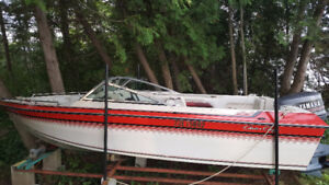 Great Old Chris Craft for sale - 18' Bowrider