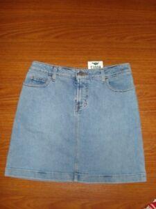 Brand new w/ tags - Roots denim / jean skirt, size 4