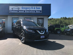 2015 Nissan Rogue S , Back-up Cam, Sharp Alloys!!!