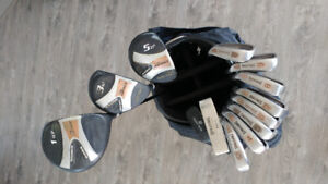 SPALDING LEGACY FULL SET OF GOLF CLUBS
