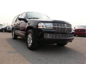 2010 Lincoln Navigator Ultimate 4X4  ~7-Pass ~ PWR GATE REAR CAM