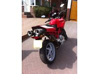 DUCATI RED MULTISTRADA 1000DS