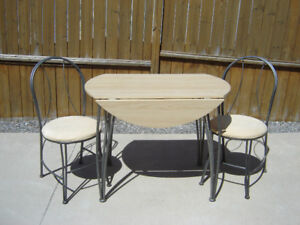 2 PLACE ROUND DROP LEAF DINETTE SET