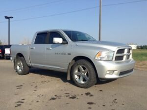 2011 Ram 1500 Sport 4X4>>> NOBODY GETS TURNED DOWN <<<