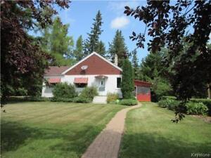 'One of a kind' 2 BR home with lake view  in Shoal Lake, MB
