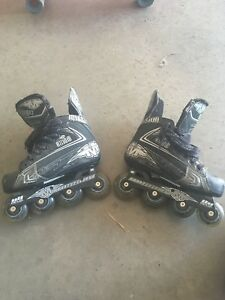 Kids hockey rollerblades