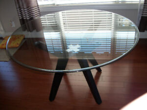 "48"" ROUND GLASS DINING TABLE"