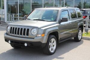 2012 Jeep Patriot NORTH*AUTO*AC*CRUISE*TOIT*SIEGES CHAUFF*GR ELE