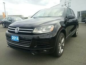 2014 Volkswagen Touareg R-Line 3.0 TDI Economy and Luxury !