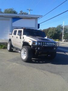 2005 HUMMER H2 SUT WITH ONLY 148000 KMS !