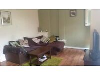 West Belfast - Quiet 2 bed to rent with mountain view + garden