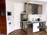1 bedroom in Woodlands, Clapham, SW4