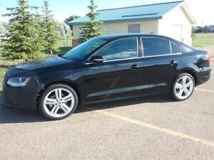 2013 VW Jetta TDI Highline **DIESEL-LEATHER-SUNROOF***