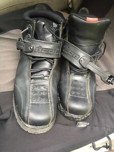 Motorcycle boots for sale in good condition asking 60