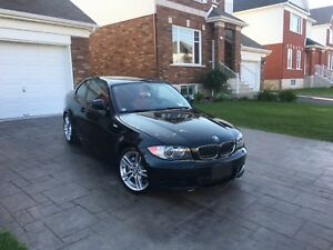 BMW 135i 2011 M package 300 HP cuir rouge FULL ÉQUIPE