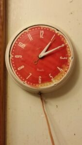 ''ORACLE'' WESTCLOX ELECTRIC CLOCK