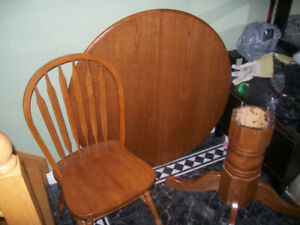 solid oak table set with 4 chairs