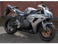 Honda CBR1000RR 2006. Good condition, Nitron rear suspension