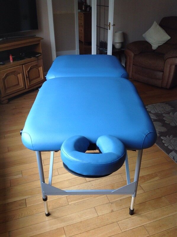 Ultra Light Portable Massage Couchin Buckie, MorayGumtree - Hardly used ideal for mobile Therapist as seen in photos comes with bag