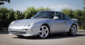 1995 Porsche 911 Carrera Coupe (2 door)