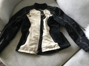 Women's Jacket - like new
