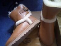 100% GENUINE AIREHART CHESTNUT UGG BOOTS SIZE 7.5