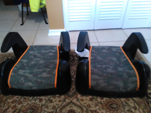 Twin booster seats with cup holders