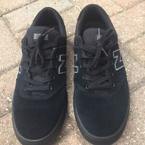 New Black Suede Skate Shoes