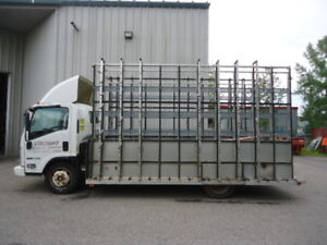 2008 GMC ISUZU With Glass Rack